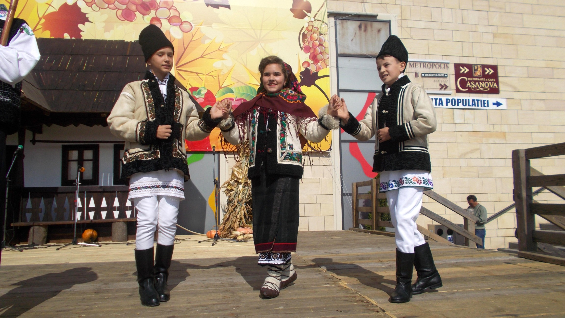 Gabriel Treteag, Petronela Popa şi Ghoerghiţă Plăcintă
