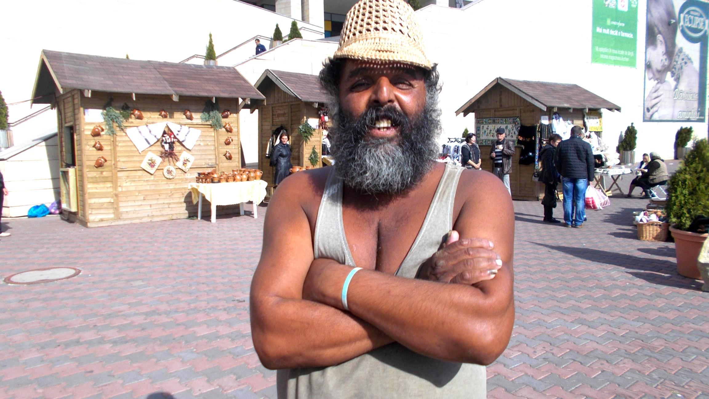 Bin Laden sau... Păcălin Nechifor?