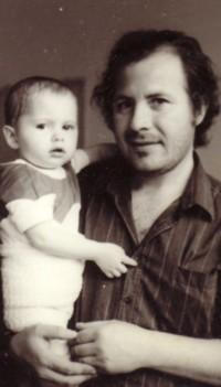 Ion şi Cozmina Drăguşanul, în decembrie 1989