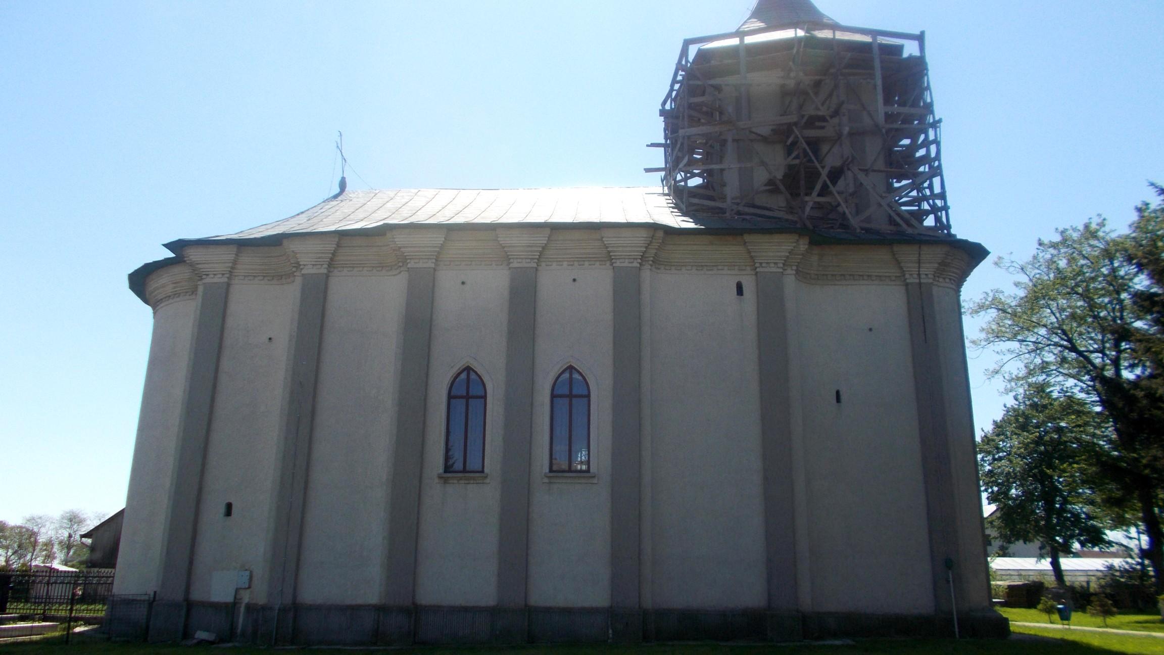 Biserica în care şi-a botezat Gheorghe Eminovici primii copii
