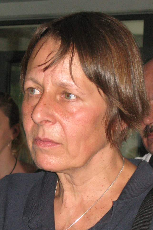 Ella SHLOSBERG