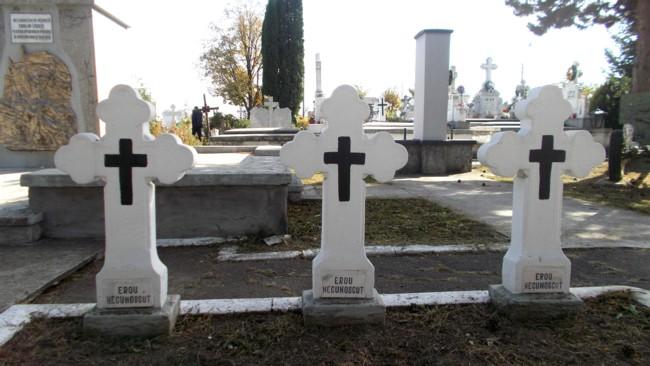 Mormintele eroilor... necunoscuţi (cinste memoriei românilor!)