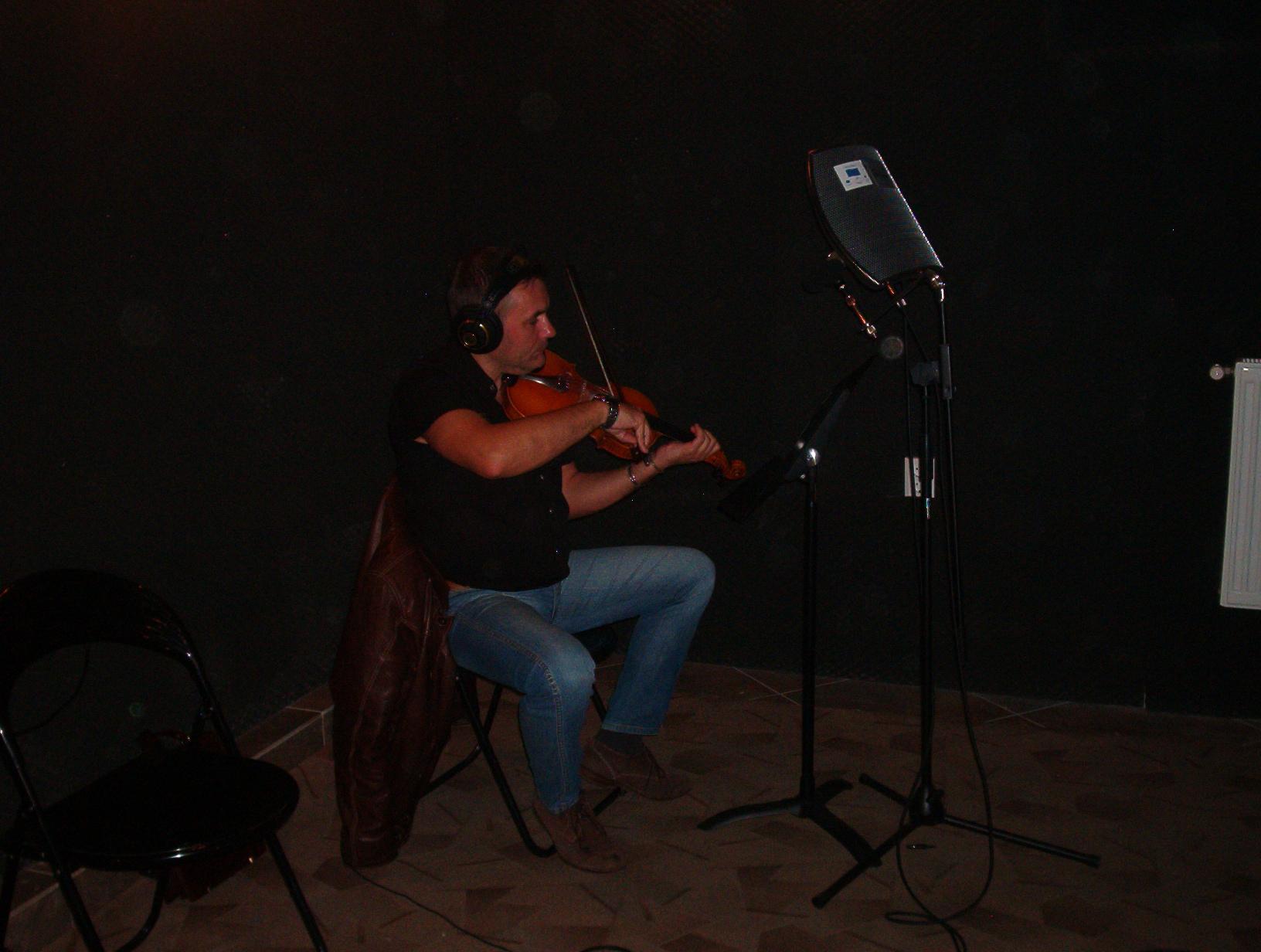 Fonotecarea cântecelor naţionale bucovinene (2)