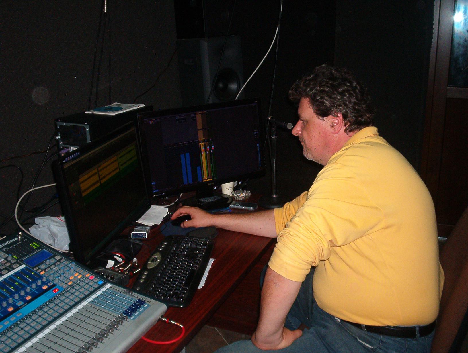 Fonotecarea cântecelor naţionale bucovinene (6)