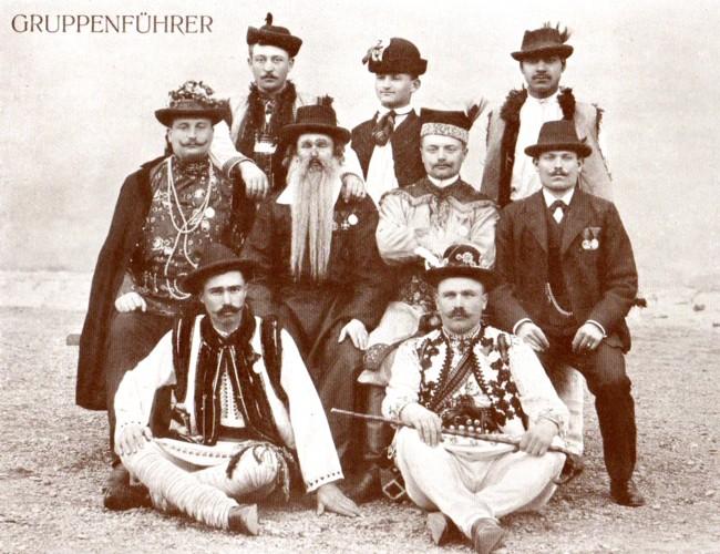 Porturi populare ale principalelor etnii bucovinene