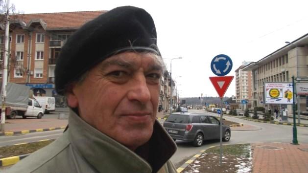 Constantin Horbovanu, visând la primăvara lansării cărţii sale de umor înţelept.
