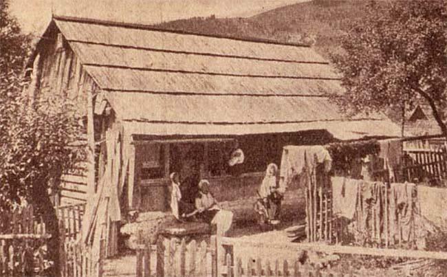 Casa huţulă în Câmpulung pe Ceremuş - foto Krepler