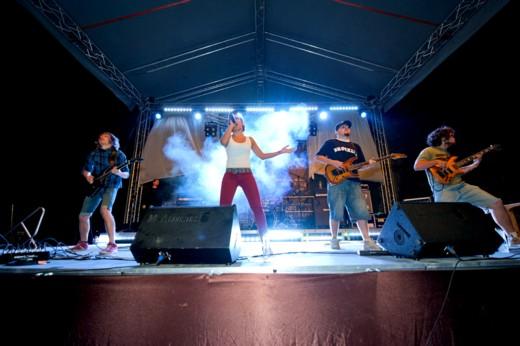 Marea surpriză a Festivalului, trupa ucrainean JinJer, din Doneţk - fotografie de Victor T. Rusu
