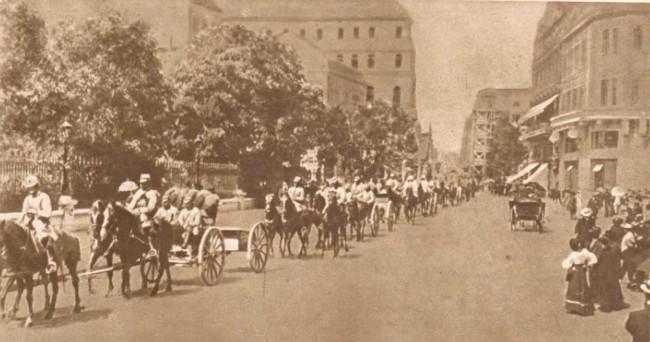 Le Miroir, 10 septembrie 1916: Artileria română, părăsind Bucureştii