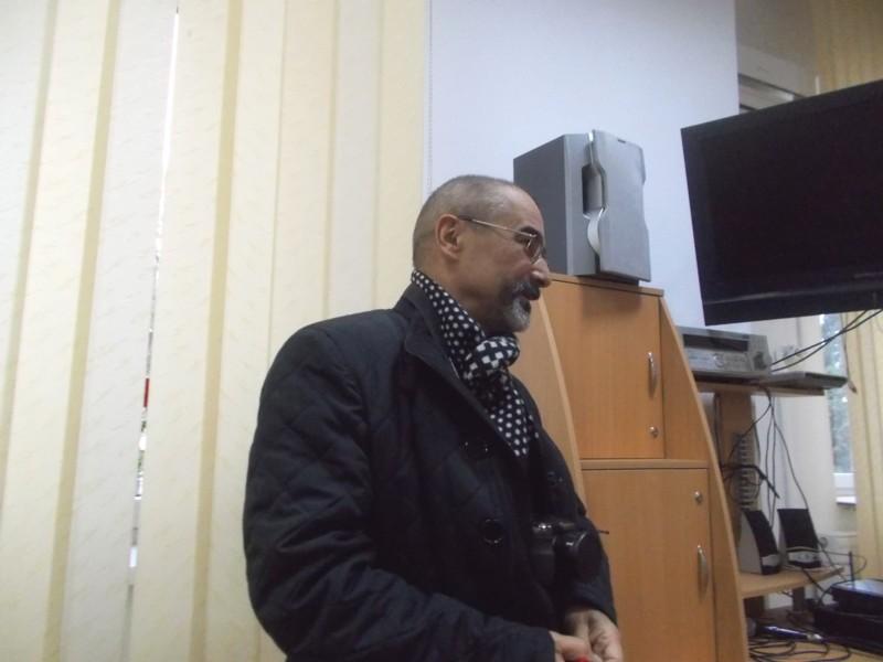 Tiberiu Cosovan, vorbind despre romanciera bucureşteancă (orădeancă, în curând)