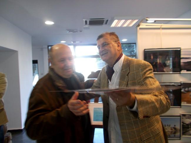 Lucian Neacşu şi PIM: decenii de umor românesc