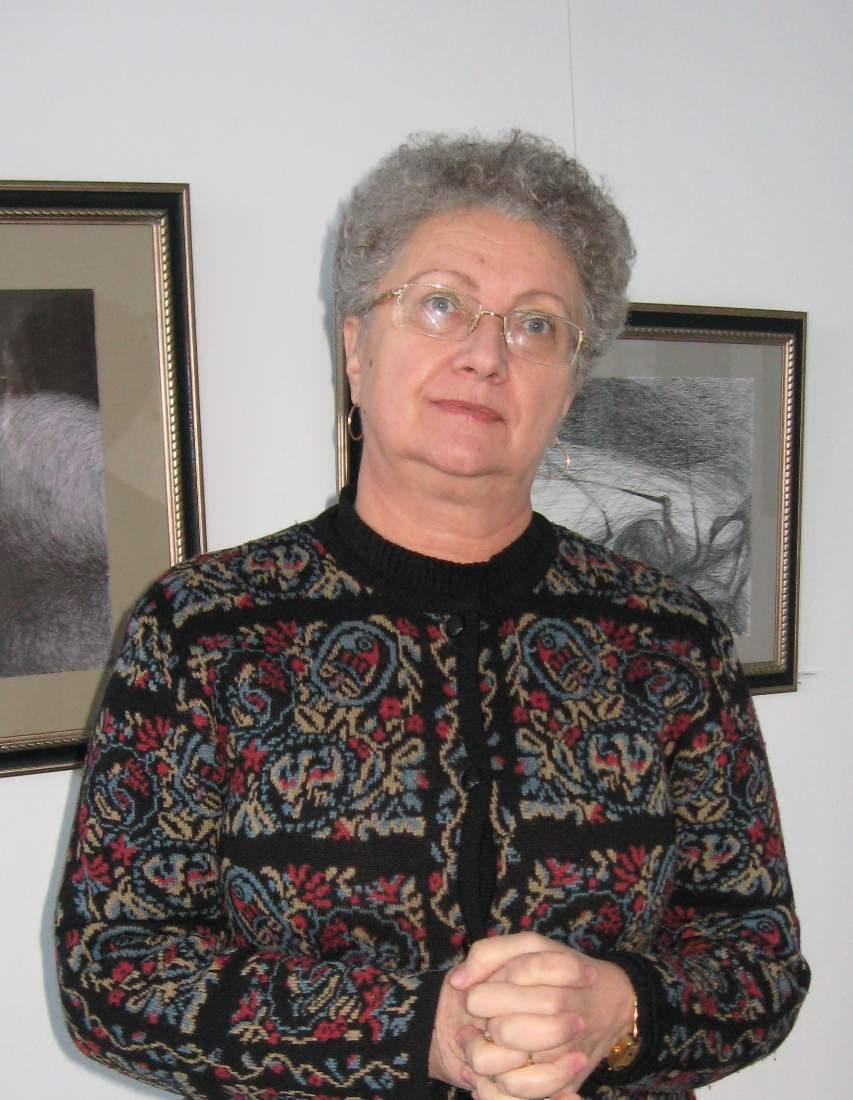 Mariana STRATULAT