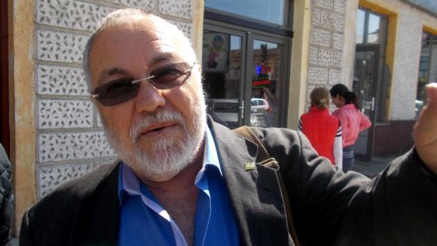 În prim-plan, inclusiv la comemorarea Arderii Cărţilor Bucovinei, Menachem Falek