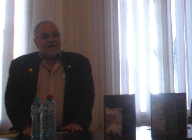 Poetul Menahem Falek, în dialog cu dornenii