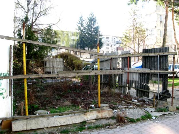 Minunata terasă, care etalează o ofertă diversificată de gunoi