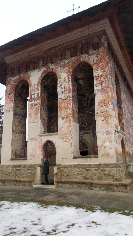 Constantin Irimia, la ieşirea din biserică