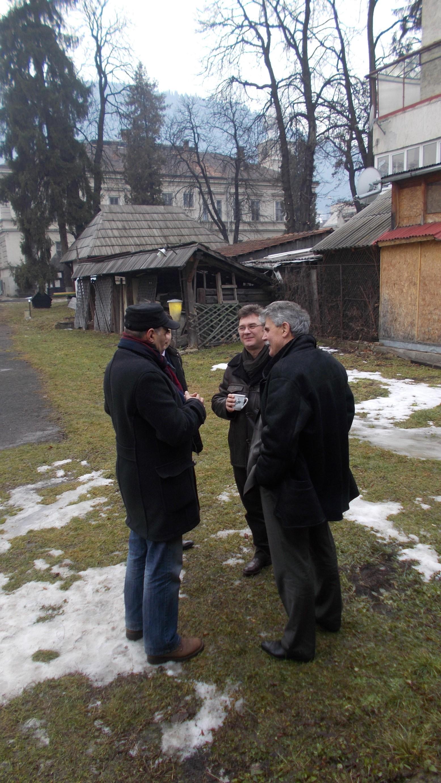 Vasile Vargan, Călin Brteanu şi primarul Mihăiţă Negură