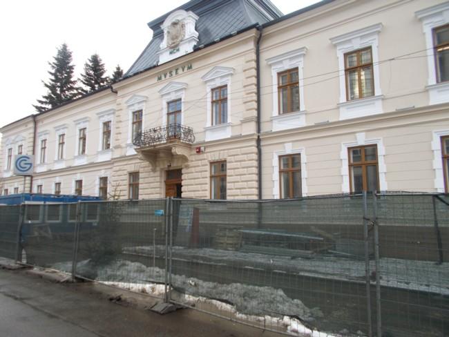 Muzeul asteapta campania electorala