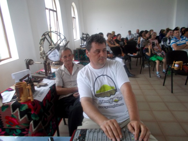 Natiunea Poetilor la Corlata 40
