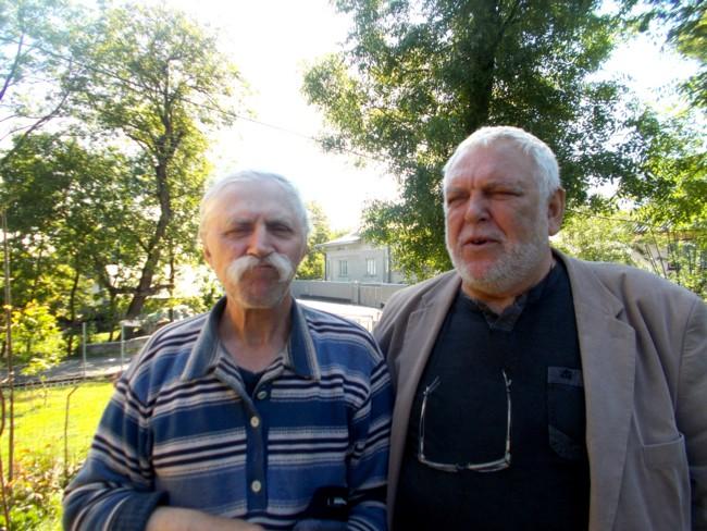 Artişti plastici din Ipoteşti: Nicolae Crasi şi Radu Iaţcu