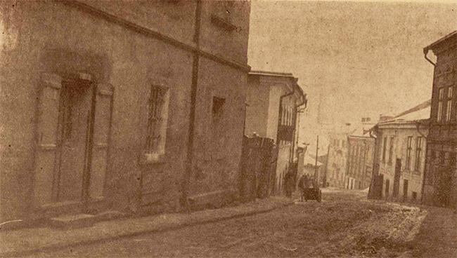 O stradă din Cernăuţi, care a dat de lucru urmăritorilor traficanţilor de carne vie.