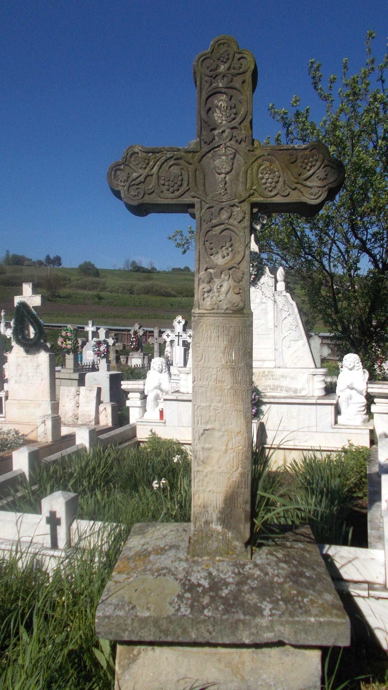 Mormintele Părhăuţilor