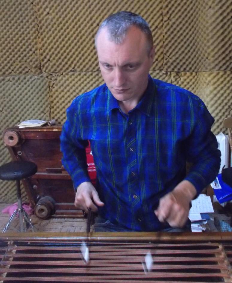 Profesorul Petru Oloieru, starostele ZICĂLAŞILOR