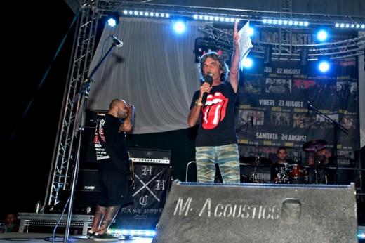 Dodo Popovici, prezentând o trupă tare dragă şi mie: ALTAR! - Fotografie de Victor T. RUSU