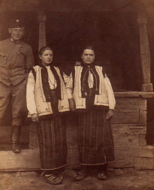 Ostaş rus şi bucovinence - Colecţia Vasile Ursache