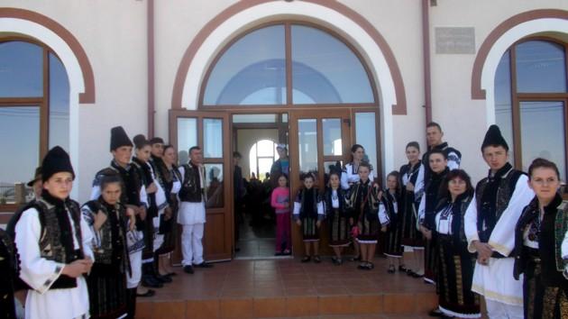 Primirea, în incinta noului cămin cultural din Corlata