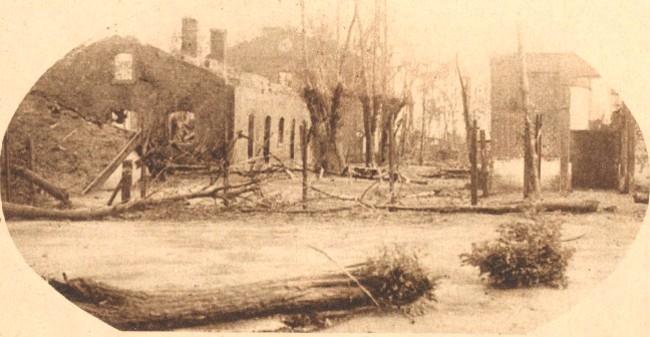 Războiul Înregirii: Ruinele ocupaţiei - L'image de la guerre, august 1919