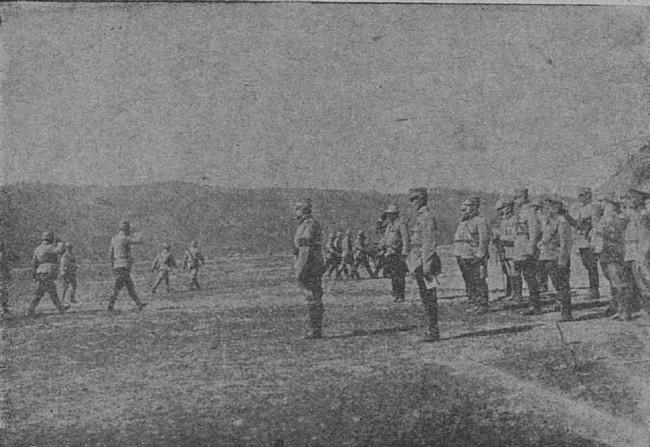 Regele şi generalul Averescu, pe front