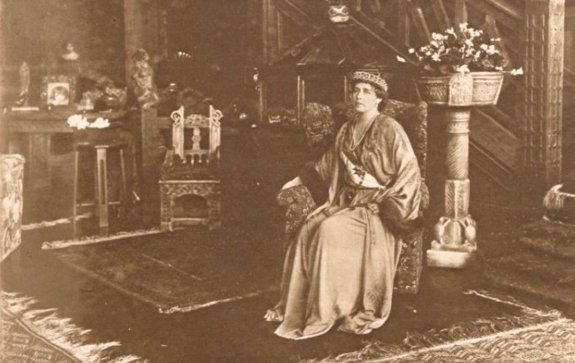 Le Miroir, 10 septembrie 1916: Regina Maria