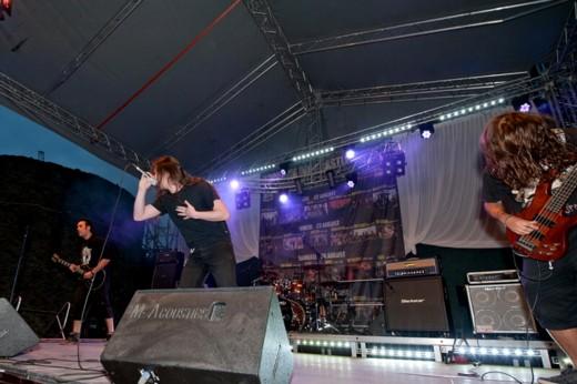 Rejection sau una dintre trupele al cărei concert îl veţi putea revedea, în curând, postat pe acest site - Fotografie de Victor T. RUSU