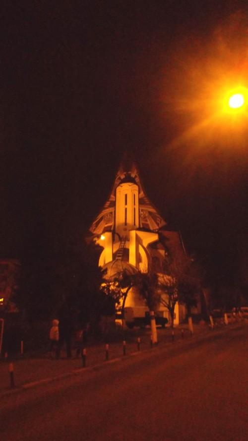 Prin noaptea Sucevei