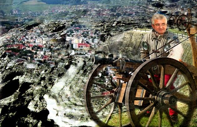 """Primarul Ion Lungu: """"Ăăă... apu' cum sî nu arati lunar ăăă.... după câte ăăă... tunuri s-au dat ăăă... de-a lungul istoriei... ăăă ... democratice!""""."""