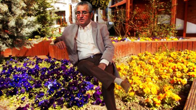 Ion Lungu: Dragi suceveni, florile astea le-am plantat în zona metropolitană a Sucevei, la Târgu Mureş, dar în mandatul viitor, vă promit că pun flori şi în Suceava!...