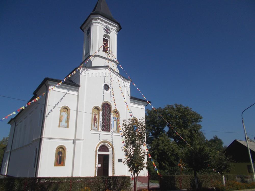 Solca Biserica 2