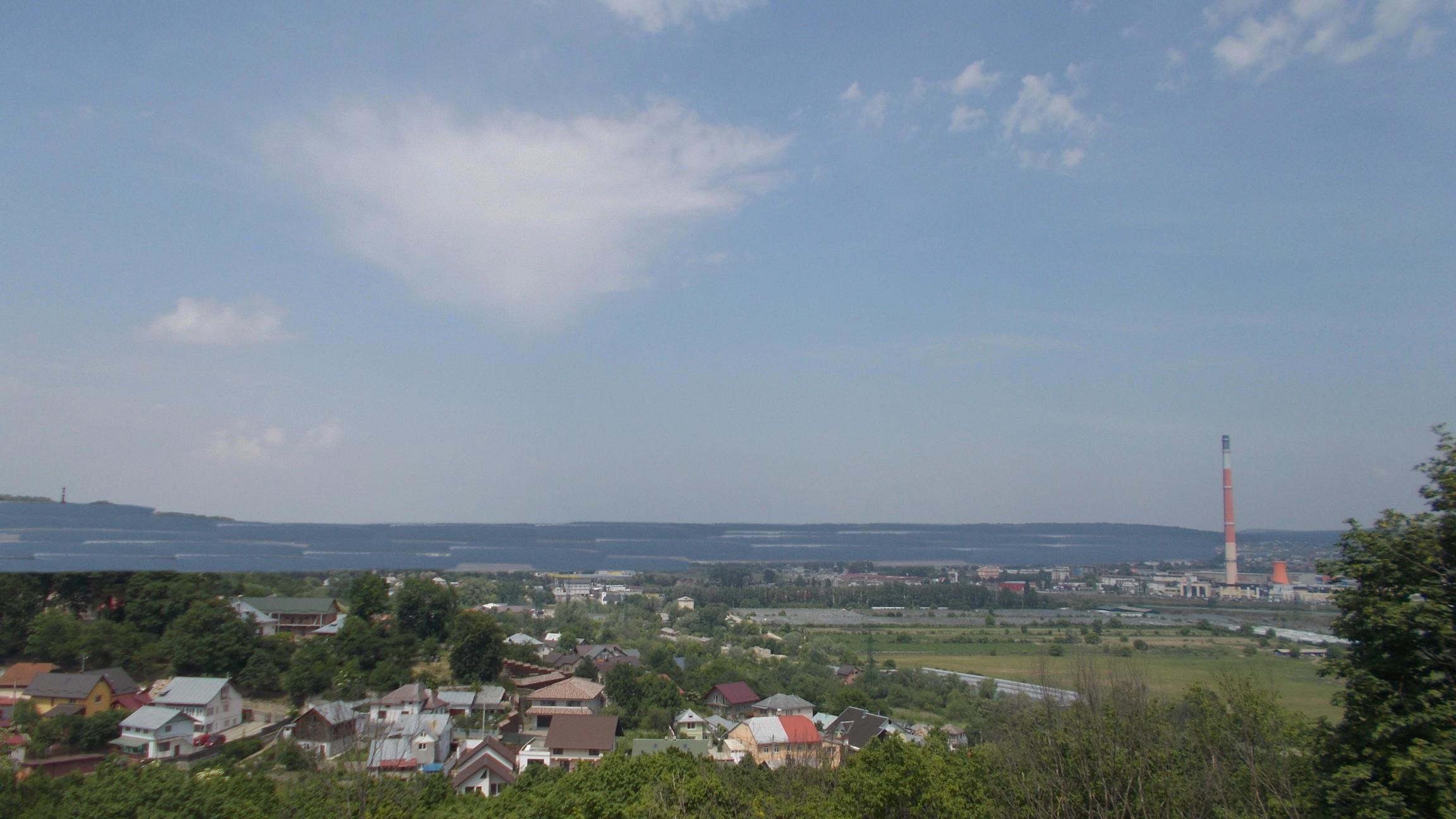 Dealul imaginar care bara lacul Zânei