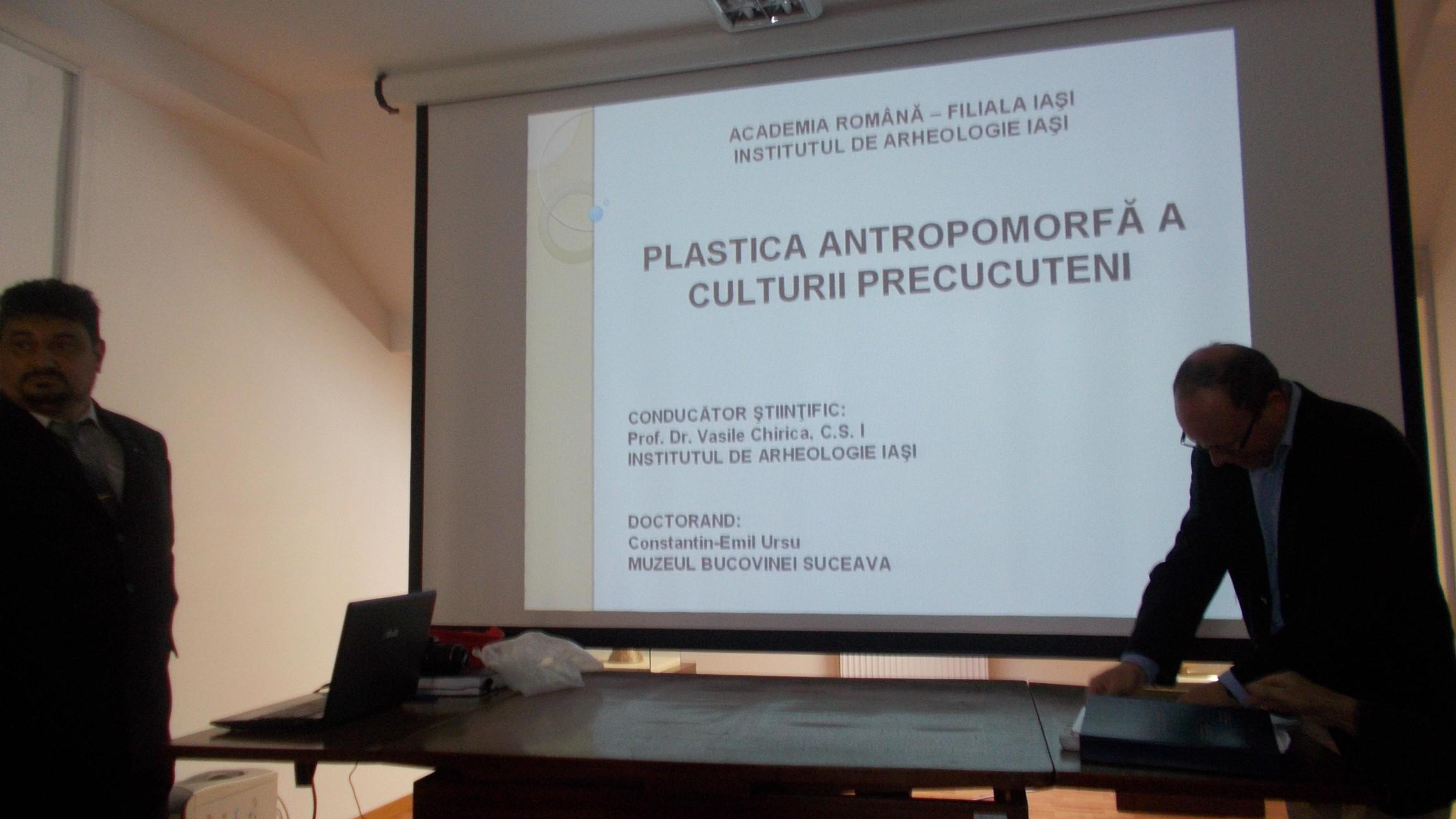 Emil Ursu, prezentându-şi teza de doctorat