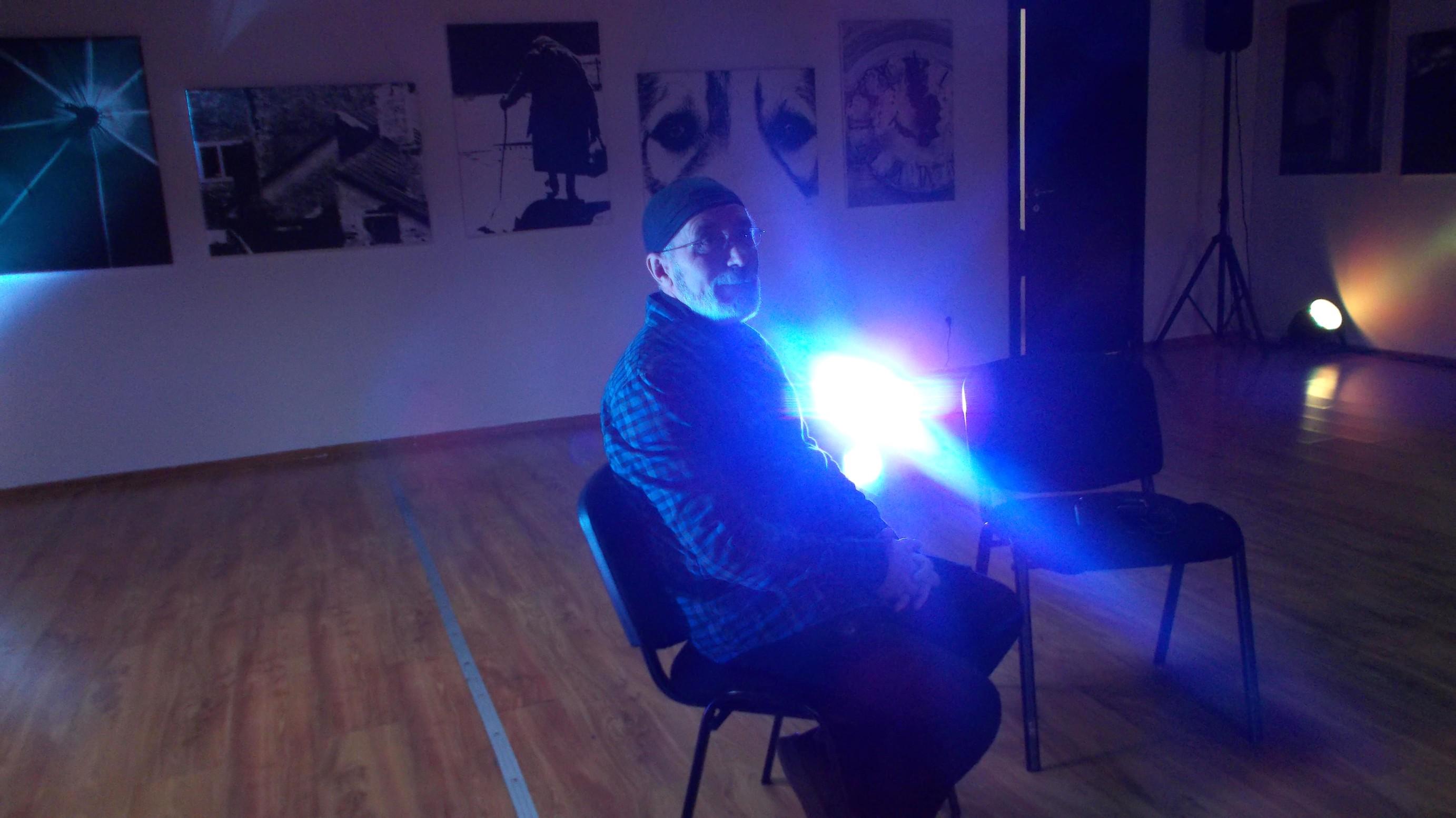 """Victor T. Rusu, pe """"eşafodul"""" unui interviu"""