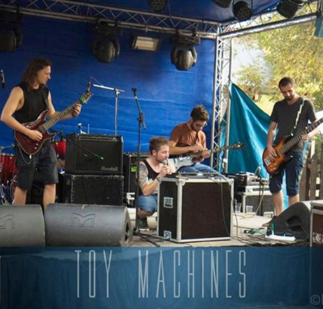 TOY MACHINES cu sigla