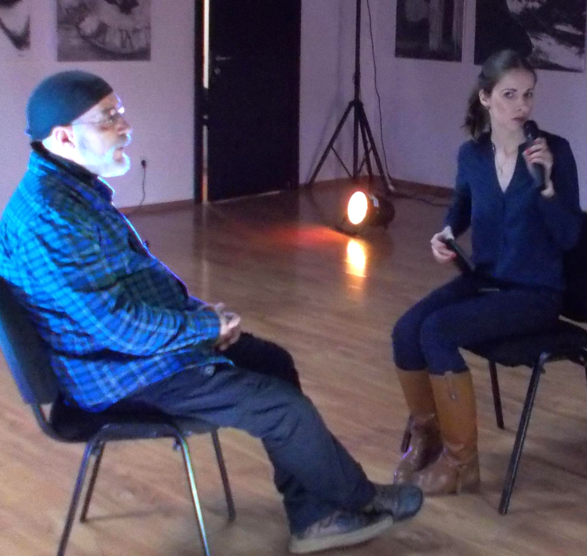 Detaliu din startul interviului