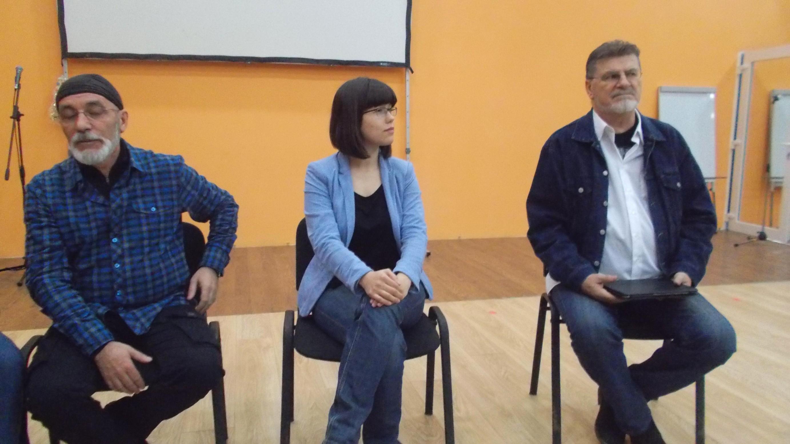 Prezidiu: Victor T. Rusu, Oana Şlemco şi Mihai Pânzaru-PIM