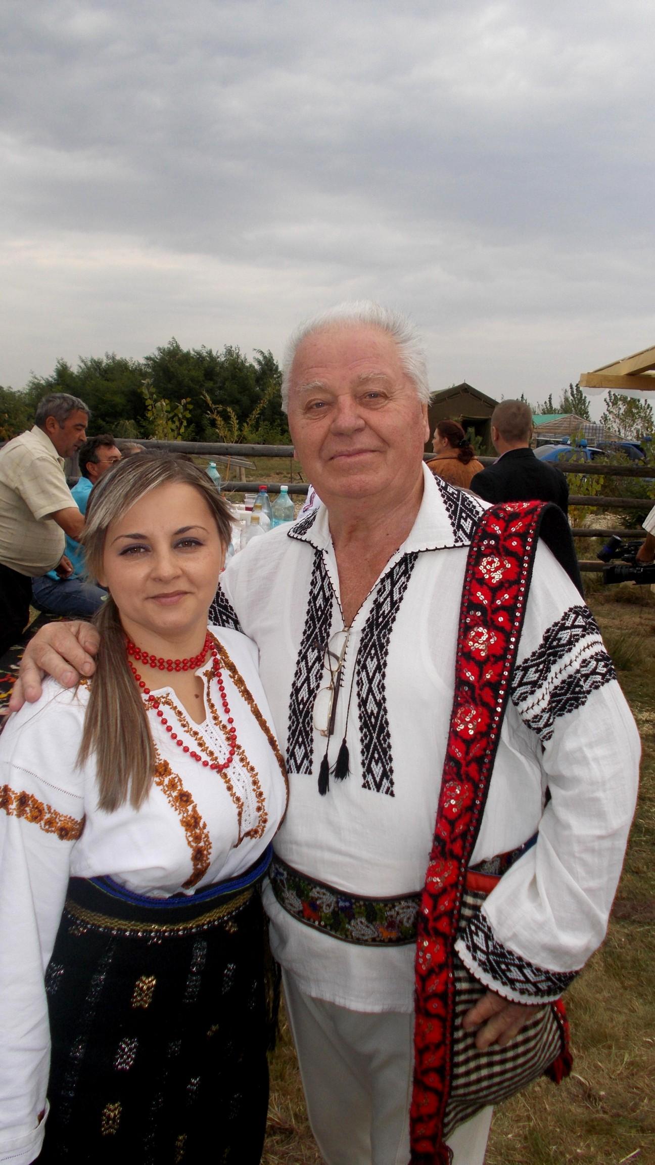Emil Ianuş Iureştean şi splendida lui nepoţică