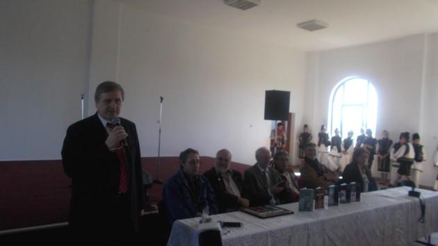 Viorel Varvaroi si autorii