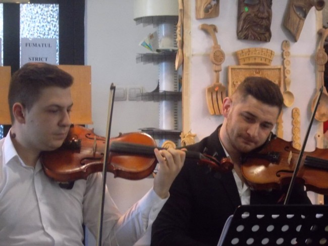 Zicalasii Adrian Pulpa si Narcis Rotaru