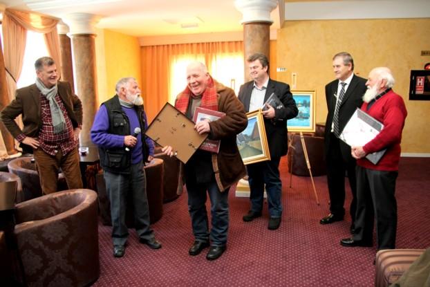 """Mulţumirile pline de umor, pe care Ion GRIGORE le adresează Preşedintelui CJ Suceava, Ioan Cătălin NECHIFOR, şi Managerului Centrului Cultural """"Bucovina"""", Viorel VARVAROI"""
