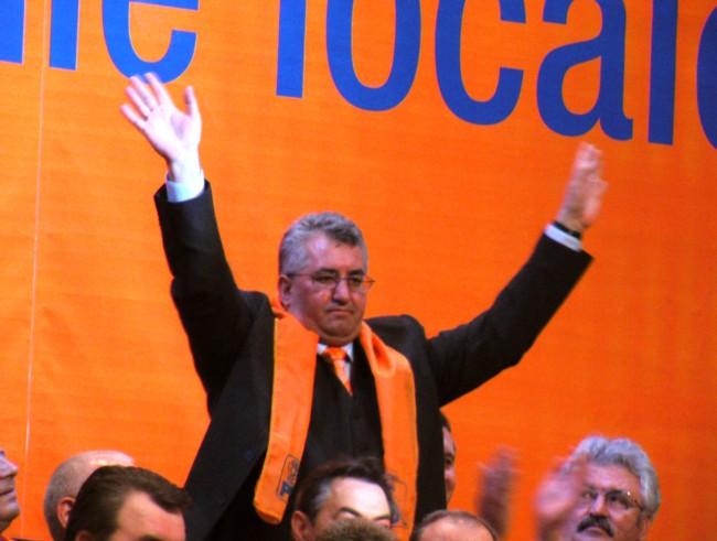 Ion Lungu: Îs liberal di pi vriemea lu' Decibel, cân' ni sî spune Mânî Lungî! - foto: www.sandrinio.ro