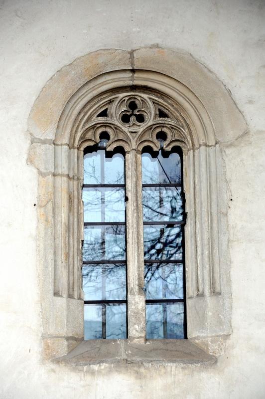 Triunghiul celtic la Biserica Bogdania din Rădăuţi (şi la Sf. Dumitru, în Suceava)